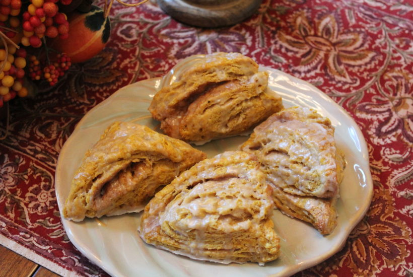 Pumpkin Cinnamon Swirl Scones